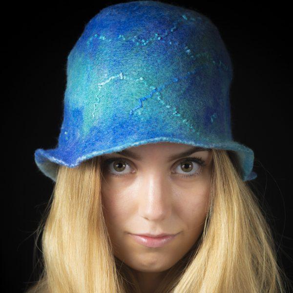Nemezelt gyapjú szaunasapka kék